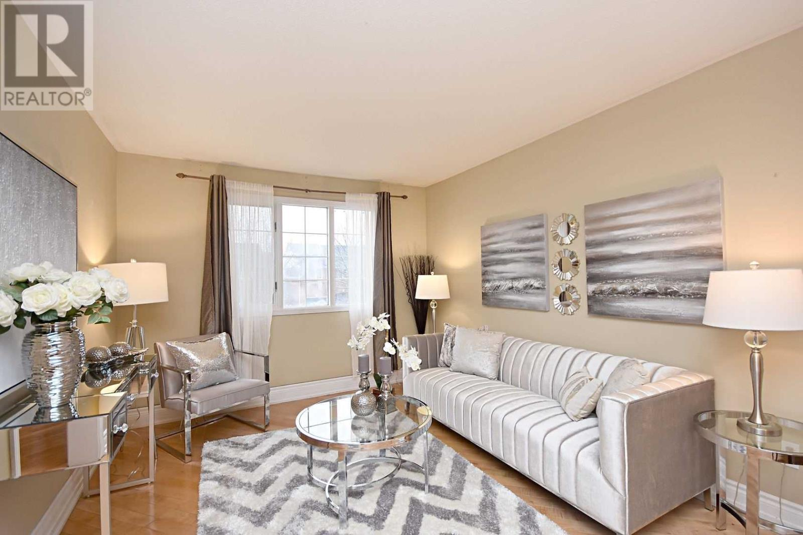 354 Howell Rd, Oakville, Ontario  L6H 5Y1 - Photo 4 - W4675254