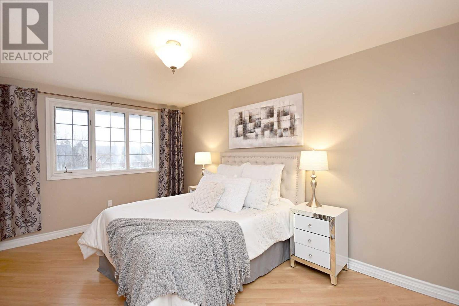 354 Howell Rd, Oakville, Ontario  L6H 5Y1 - Photo 7 - W4675254
