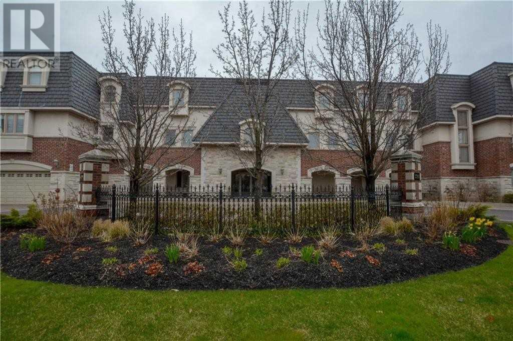 #202 -390 Upper Middle Rd, Oakville, Ontario  L6H 0A5 - Photo 3 - W4675772