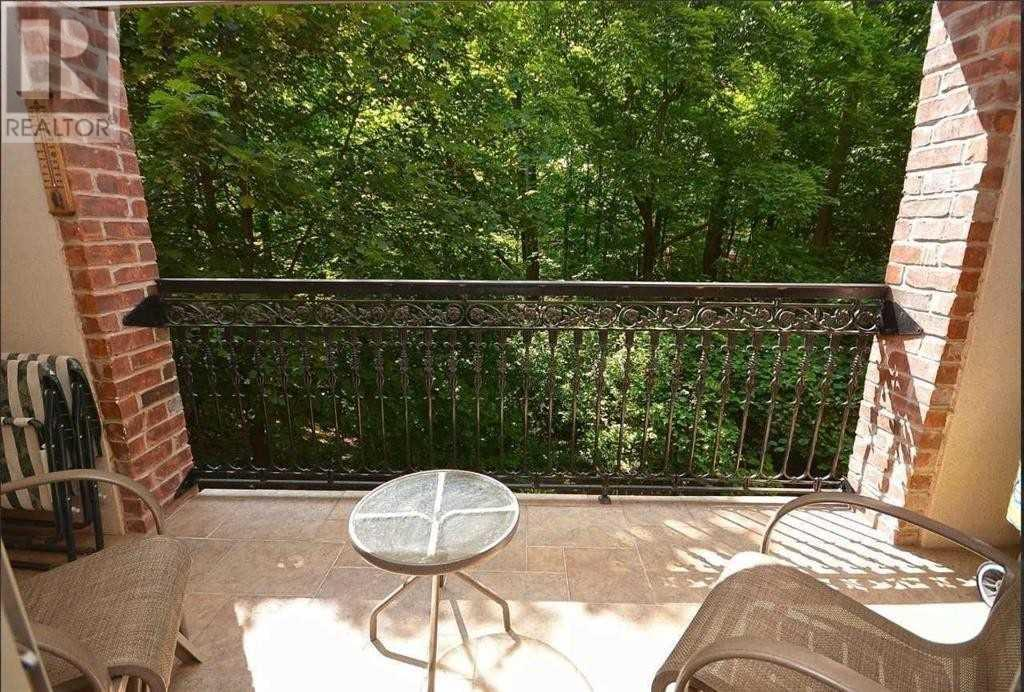 #202 -390 Upper Middle Rd, Oakville, Ontario  L6H 0A5 - Photo 4 - W4675772