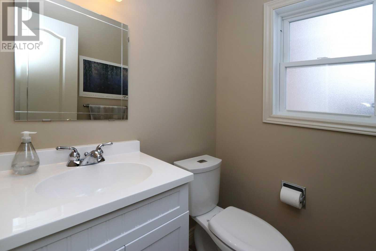 2524 Windjammer Rd, Mississauga, Ontario  L5L 1H9 - Photo 12 - W4675885