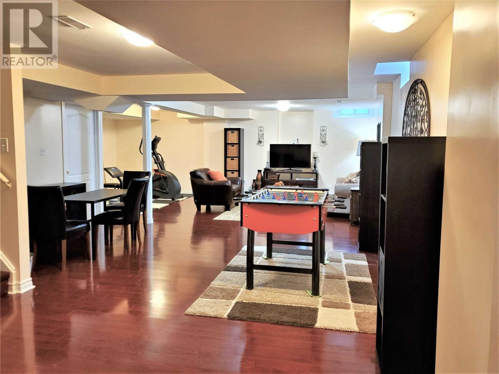 5526 Challenger Dr, Mississauga, Ontario  L5M 0G9 - Photo 18 - W4676111