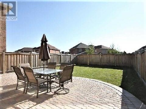 5526 Challenger Dr, Mississauga, Ontario  L5M 0G9 - Photo 20 - W4676111