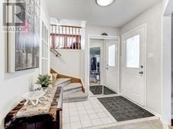 6429 Longspur Rd, Mississauga, Ontario  L5N 6E3 - Photo 3 - W4676245
