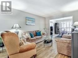 6429 Longspur Rd, Mississauga, Ontario  L5N 6E3 - Photo 4 - W4676245