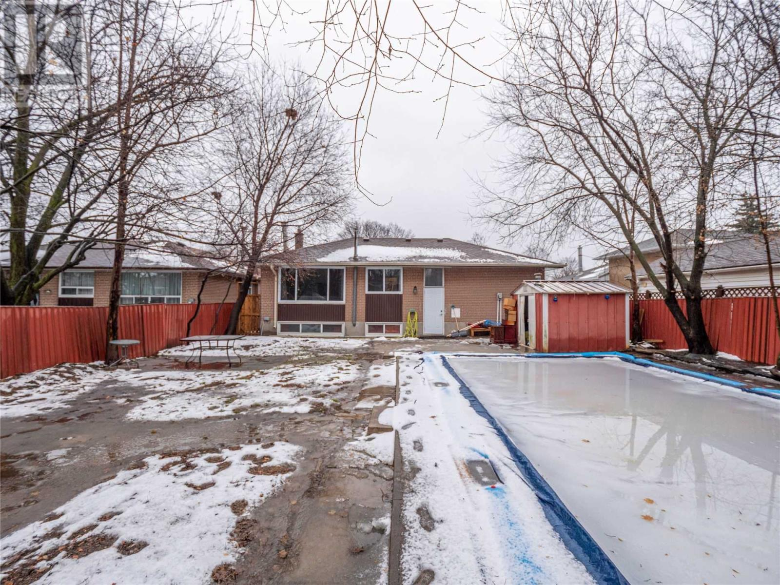 2527 Constable Rd, Mississauga, Ontario  L5J 1V9 - Photo 18 - W4676256