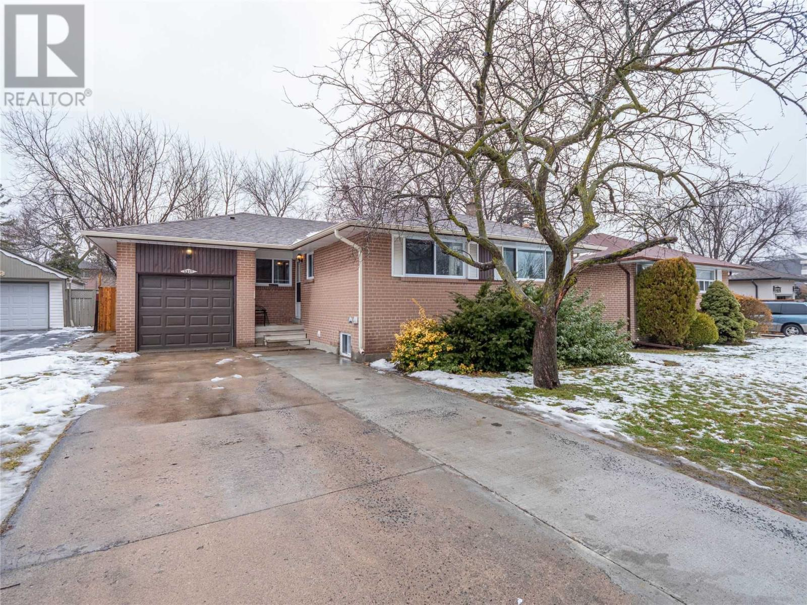 2527 Constable Rd, Mississauga, Ontario  L5J 1V9 - Photo 20 - W4676256