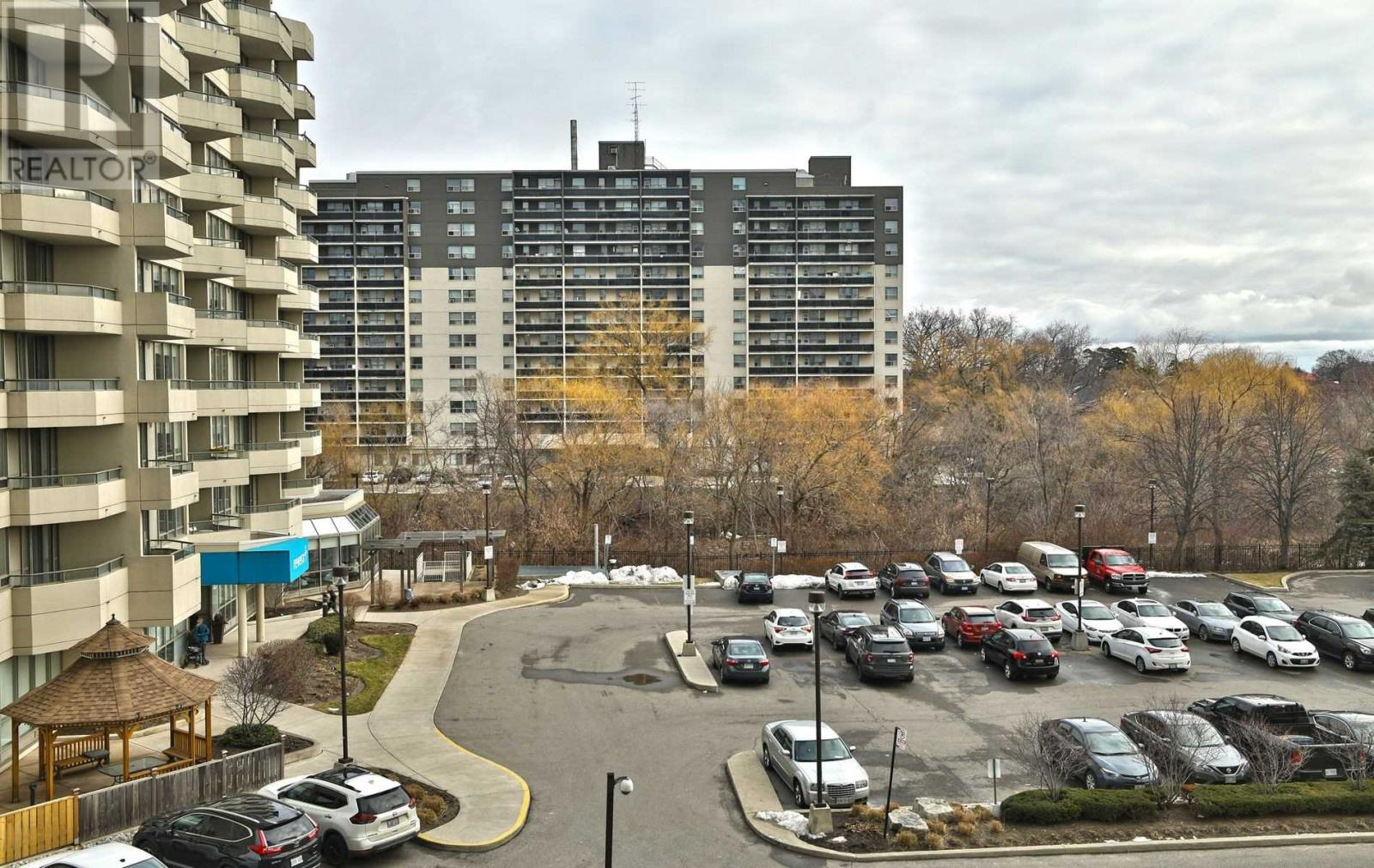 #407 -75 King St E, Mississauga, Ontario  L5A 4G5 - Photo 15 - W4677729