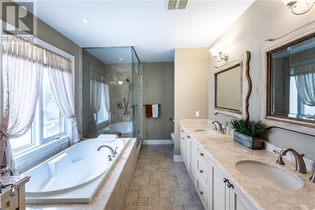 2264 Hampstead Road, Oakville, Ontario  L6H 6Y8 - Photo 13 - 30788332
